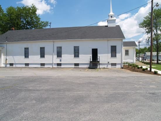 Brandywine Bible Church from the side with parking lot